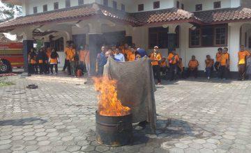 api kebakaran